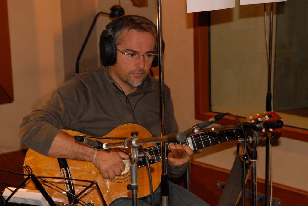 Jean-Pierre (musiques, guitares, choeurs… et coeur.)