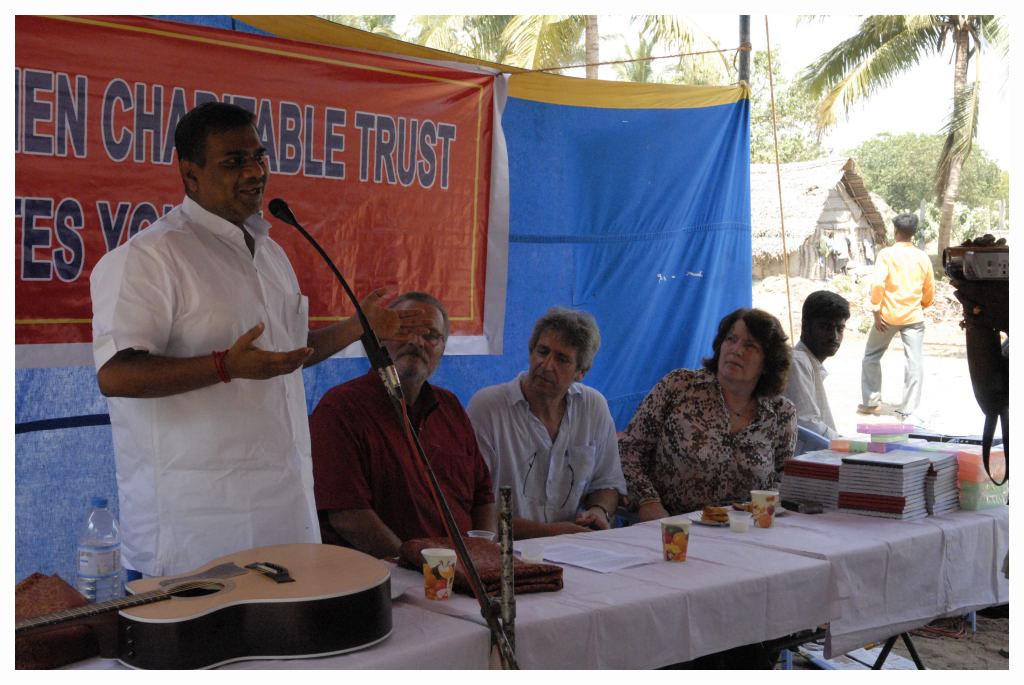 ...et du Député du Tamil Nadu qui nous a rejoints sur place...